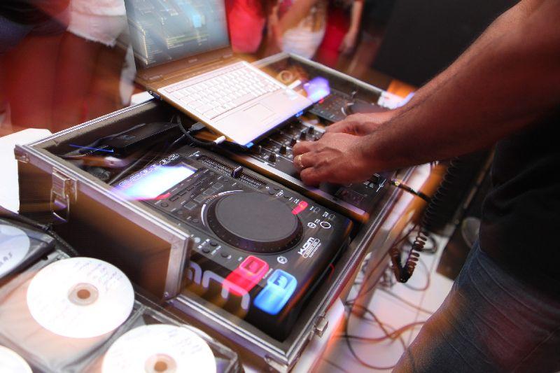 SOM DJ ILUMINAÇÃO - ADVENTURE