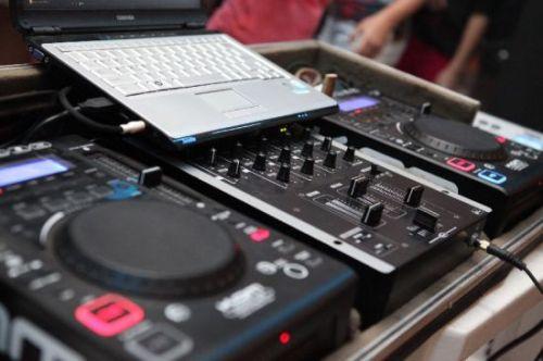 Aluguel Locação DJ Eventos Festas Empresas