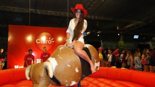- Touro Mecânico / Vários Tamanhos e Modelos - E'mail - adventure.eventos10@yahoo.com.br