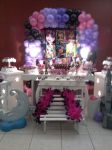 Mesa decorada monster high