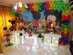 Mickey ( casa do mickey) incluso bandejas para doces,torre de cupcakes