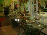 Mesa em ferro e vidro para banquete