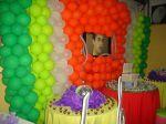 festa teen tv no meio dos balões