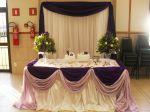 Mesa do bolo em uva e lilás