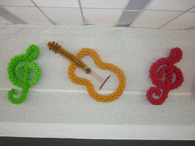 decoracao festa notas musicais:Decoração e esculturas – Decoração com bolas