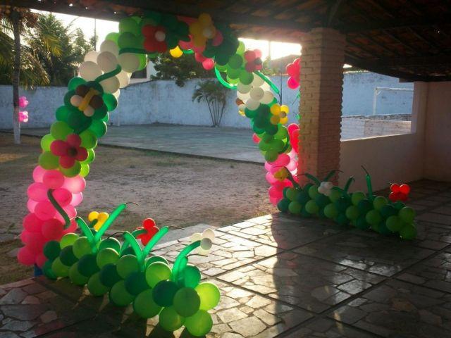 decoracao de balões jardim encantado:JARDIM ENCANTADO – Castelo das Festas Aluguel Mesa Temática