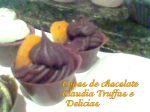 Vaso de chocolate com damasco