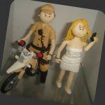 cód:N205  noivo policial e noiva adora uma chapinha, casal algemados..
