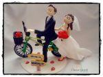 cód:251 De bicicleta  o noivo adora..