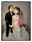 cód:254  casal romântico,  cachorrinho  puxando o vestido,valor R$210,00