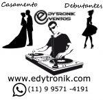DJ SOM LUZ PROJEÇÕES PARA FESTA DE CASAMENTO E DEBUTANTES -WHATSAPP 9 9571 4191 VISITE NOSSOS SITES: EDYTRONIK EVENTOS: www.edytronik.com DJ em Mauá : www.djemmaua.com.br Retrospectiva Narrada: www.retrospectivanarrada.com.br