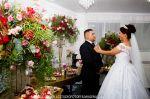 Casamento Adriana e Wilson no Espaço Ferrari - Mauá SP  Nosso salão comporta até 250 convidados , equipado com sistema de som , luz e imagens.  Cozinha industrial , cadeiras de ferro , serviço completo de assessoria, buffet .  Contato 93144-3653