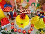 Bolo Decorado e Cupcakes
