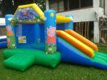 BALÃO PULA PULA COM TOBOGÃ DA PEPPA - Tamanho 3,40m (C) x 4,00m (L) x 2,50m (A) - Suporta crianças até 8 anos
