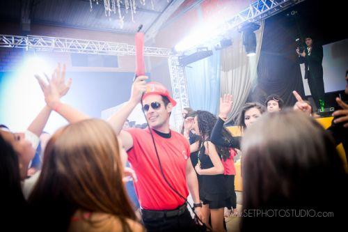 E o Bombeiro mais animado de Curitiba você encontra aqui, na Fire Flair Bartender! - Chama o Bombeirooo!!!
