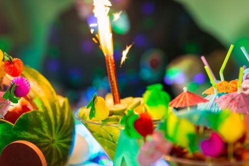 Cores, aromas, sabores... Os melhores drink's e caipirinhas você encontra aqui!