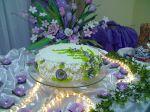 bolo Marilia massa branca com recheio de mousse de chocolate, geleia de morango fresco e chantilly