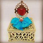 Porta jóia dourado com aplique  7,90cd vazio 8,90cd cheio