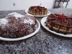 Bolos nade cake morango, doce de leite e pão de ló. Isabel Mello (48) 3232-4284