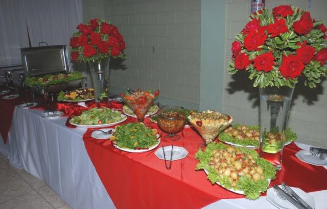 Mesas para buffet lafestivityeventos for Mesas para comedores pequea os