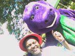 Personagem Barney e Monitora