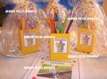 Kit caixa em MDF + lápis de cor + revistinha de atividade + embalagem em celofane e fitilho