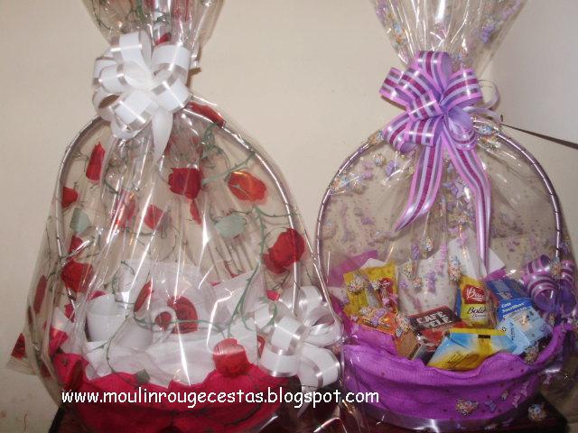 Produtos de qualidade, Cestas de Vime, decoradas com crepom, celofane