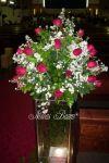Arranjo de cerimônia em Rosas com Aster