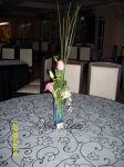 Arranjo de mesa Solitário com Rosa, mosquitinho e lisianthus