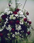 Arranjo de cerimônia em flor do campo, gérberas e rosas