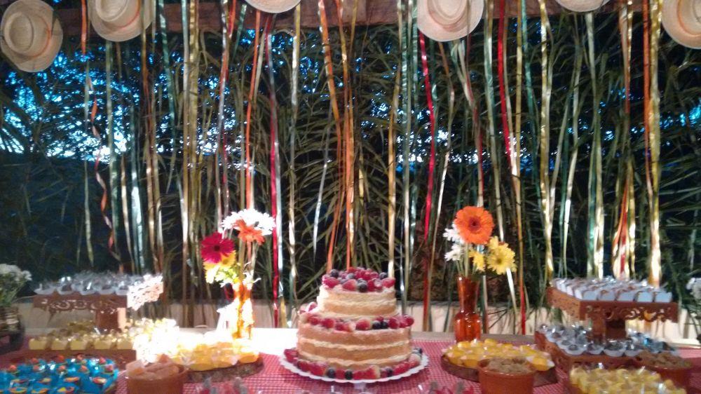 Mesa Caipira Clean  Parabéns e Cia Decoraç u00e3o de Festas , Eventos e Cursos!!! -> Decoração De Festas E Eventos Cursos