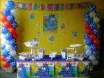 2 anos - Escolinha Raio de sol - Balões e peças da mesa