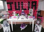 Tema Monster High - Mesa firo liro