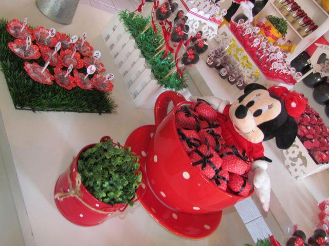 Minnie Vermelha  Larissa  DECORAÇÃO DE FESTAS