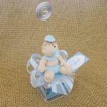 Lembrancinha Caixinha acrilico com boneco em biscuit personalizado para nascimento aniversário e chá de bebê R$  4,50