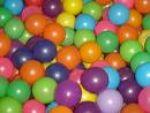 2.500 bolinhas coloridas