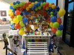 mesa provençal toy story 350,00 tel:3229-0275/9-9602-3072/9-97055059.