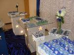 trio de mesas vazadas com tampo de vidro: Mesas separadas: R$ 50,00 cada trio de mesas: R$ 120,00