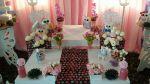Corujinhas: conjunto com 11 corujinhas + 2 jarros com flores + 2 arranjos florais: R$ 60,00