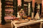 Decor da mesa do bolo e doces - Casamento Janaline & Williams 21/02/2015
