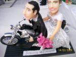 Topo de bolo ( Noivo e e Noiva na moto) Para cliente de Campinas