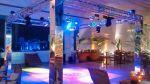 Pista de Dança com colunas espelhada, moving head, bolas espelhadas e laser show,