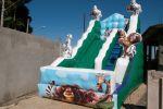 TOBOGÃ MADAGASCAR - Tamanho 5,00m (C) x 3,00m (L) x 4,00m (A) - Suporta crianças até 12 anos