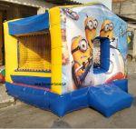 Casinha Pula Pula Minions, tamanho 3,00m (L) x 3,00m (C) x 2,40m (A) - Indicado para crianças até 9 anos