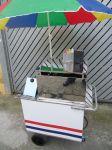Modelo opcional: Cod. CMPG - R$1.840,00 (1 forno em inox, 1 caixa térmica p/ bebidas em aço galvanizado e armário interno) 75cm X 50cm