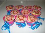cupcake barbie recheio de brigadeiro.