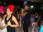 Nosso Animador e tambem professor de dança, dançando com a aniversariante !!! Ao som de nosso DJ ...
