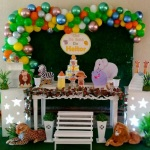 Decoração Safari , para aniversário e chá de bebê. obs: balões metalizados por conta do cliente.