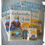 Livrinho para colorir com 4 paginas contendo 8 desenhos. R$ 6,00 cada