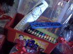 Maletinha Liga da Justiça com lápis de cor pequeno 12 cores e bloquinho personalizado, embalados com laço: 10,00 a unid.